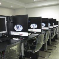 equipo informatico academia de ingles